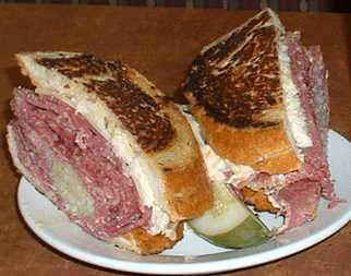 Shapiro's Delicatessen: Reuben from Shapiro's Carmel